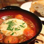 カマンベールチーズと有機トマトのアヒージョ