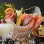 旬の魚介類をバランスよく楽しめる『お造り』