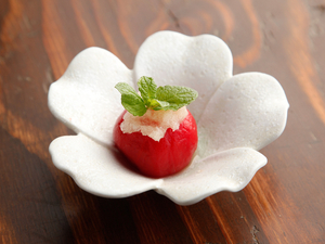 とても甘みのあるトマトがクセになりそうな『私んちの丸ごとトマト』
