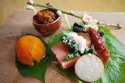 「究極の家庭料理」をテーマにその時に一番美味しいものを美味しく手料理にしております。