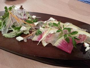 味わいが新鮮なオリジナル料理の『魚の生ハム~オードブル~』