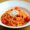 女性に大人気、さっぱりと食べられる『トマトのカルボナーラ』