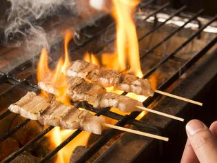 毎日丁寧に仕込み、備長炭で焼き上げる「串焼き」