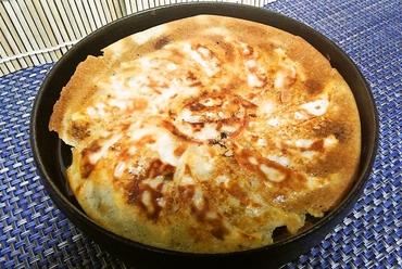 博多鉄鍋餃子 16個