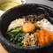 手作りのナムル、石焼ソースでオリジナルのおいしさを追求した『石焼ビビンバ(スープ付)』
