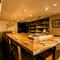 ゆっくりと寛いで、料理とお酒を楽しめる素敵な空間