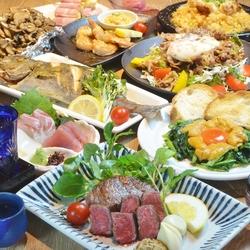 みすじステーキや和牛カルパッチョ、広島かき昆布焼など、食べ応えありの大満足な内容で忘年会にもおすすめ