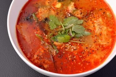 じっくり煮込んでつくる旨みたっぷりのスープが絶品! 『カルビスープ』