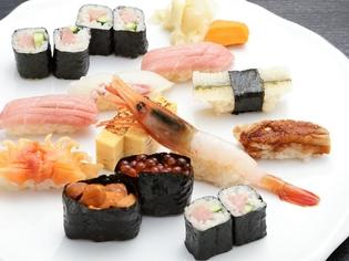 江戸前寿司の華やぎを堪能していただく『寿司 桜』