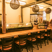 和歌山沖の旬魚を肴に日本酒を味わう大人デート