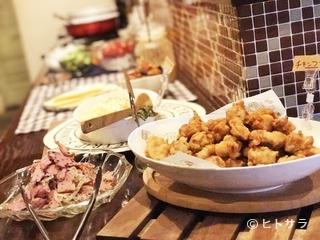 ビュッフェラボ THE RODGE(ザ・ロッジ)の料理・店内の画像2