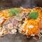 生イカ・生エビ・ツナを加えてさらに味わいがグレードアップ! 『シーフード焼き』