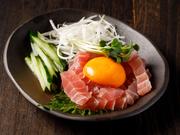 九州産の旨い鶏のみを厳選!ひとつひとつ丁寧に丹精込めて調理する当店自慢の絶品ゴロ焼きをぜひご堪能下さい。炭火で焼き上げた地鶏の素材本来の味をお楽しみ頂けます。日本酒のとの相性もバッチリです◎