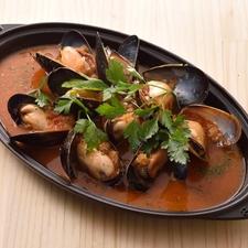 特選ムール貝のスペイン風トマト煮込みor白ワイン煮 (0.5ポンド)