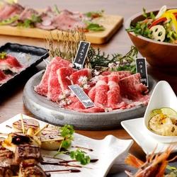 特選牛を使用した溶岩焼きやローストビーフ、肉寿司までついた肉バルならではの贅沢プランです