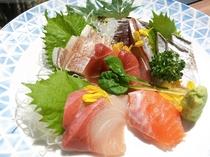 絹姫サーモンといくらの親子丼