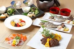 1日1組限定のスペシャルコース。店舗丸ごと貸切で、大切なお時間を素敵な料理でプロデュース。