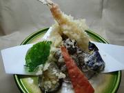 海老、魚介類、野菜4種 他 (※嫌いな種があれば変更出来ます)