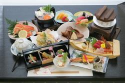 5000円から、ご予算に応じた会席料理をご提供します。