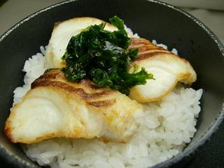 三重県産『鯛』『あおさのり』を使った 釜御飯膳