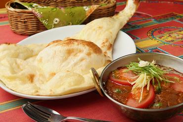 お店一番人気の『チキンマサラカレー』