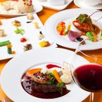 レストランウェディングを初め、各種パーティについてご相談を承ります。大皿料理の気軽なパーティから大切なセレモニーまで。ご予算やメニューなどご相談ください。