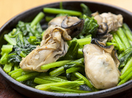 カキ呉子を使用、年中楽しめる広島代表の食材とほうれん草のハーモニー『牡蠣ホーレン』