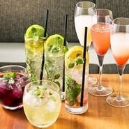 様々なタパスをはじめ、人気の渡り蟹のトマトクリ-ムパスタを含む9品。とてもお得なコースです!