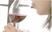 色や香りを観察してからワインを口に含むことで、より深い味わいと気付きを感じられることでしょう。今まで自分で気付か無かった「自分の好み」も発見出来るかもしれません。