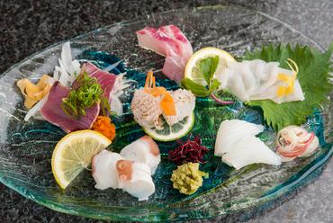 日替わり天然鮮魚のお造り