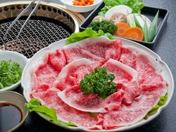 120分飲み放題付き。上のお肉をたっぷり楽しめる『グルメ焼き』付きの焼肉コース