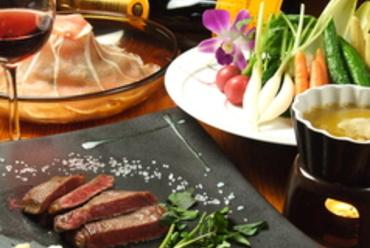 各種、絶品肉料理!
