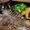 溢れる肉汁、食べ応えもバツグン! 『Tボーンステーキ』