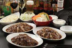 90分ジンギスカン食べ放題・飲み放題コース 当店人気の特上ラムジンギスカンが食べ放題です!