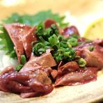 フォアグラの様な濃厚な味わいが特徴『宮崎 地鶏白レバー刺し』
