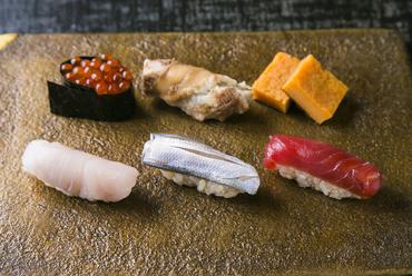 おまかせで堪能する、技あり! 王道の『江戸前寿司』
