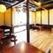和風の店内や半個室、必要最低限の接客など、落ち着く環境が整う