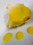 珍しいレモンのティラミスです 上にはレモンカスタードクリームを塗って 絶妙の酸味を