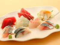 旬の鮮魚の旨みと至高の味わいかたを楽しめる『桐~八点盛り』