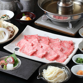 牛豚合盛りで食べ比べ。上品な昆布出汁が素材の風味を引き立てる『しゃぶしゃぶ会席 銀朱 Ginnsyu』