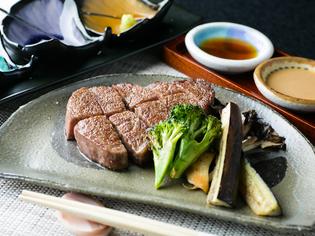 美しすぎる赤身とサシが、美味しさを象徴 『仙台牛』