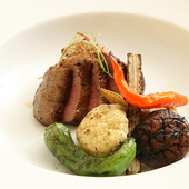 本当に美味しい料理は素材から。拘りの逸品を寛げる空間で堪能