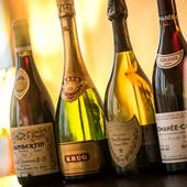 数百種類から選べるワイン