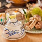 日本の四季を色濃く映し出す『まつたけの土瓶蒸し』