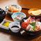 地元の海の幸を贅沢に使ったボリュームのある『海鮮丼定食』