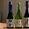 店主自ら試飲して納得した、あらゆるタイプの日本酒が揃う