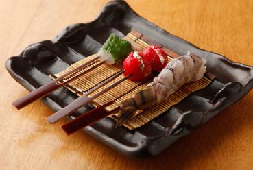 食材に加えたひと手間で、素材本来の旨みが際立つ『甘鯛・海老・トマト』