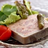 県産のお肉や野菜にこだわりを持ち仕入れています