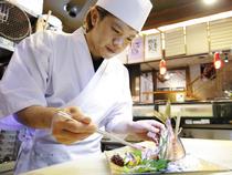 丁寧な仕事と自慢の包丁さばきで、心のこもった料理を提供