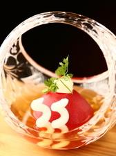 冷たいトマトとだしの旨みを堪能『桃太郎トマトのおひたし~クリームチーズのせ~』
